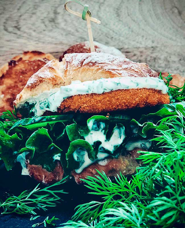 Fishy burger af Linda Hyldal