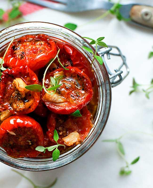 Langtidsbagte tomater af Linda Hyldal